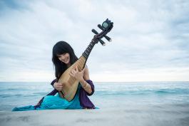 female-pipa-musician-portrait-2